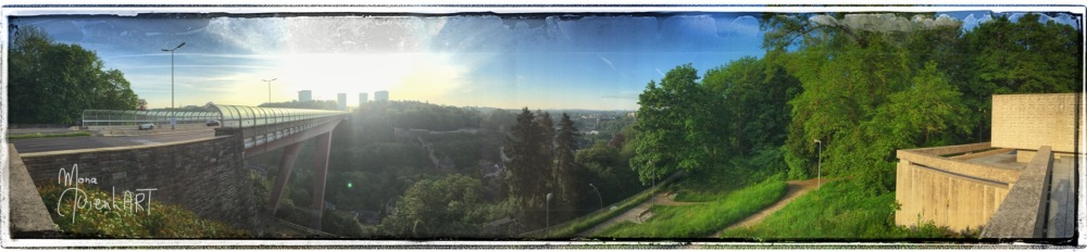 Early morning in Luxembourg-City (1/6)